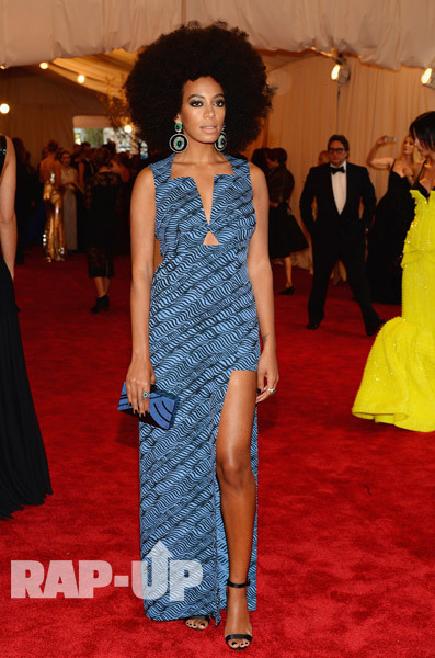 Solange was beautiful in a blue Kenzo creation @ MET Gala Event.
