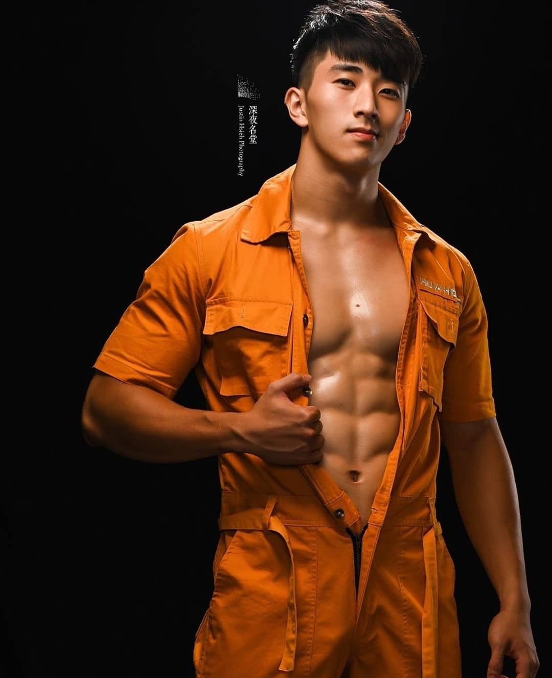 internet finds #overalls#coveralls#jumpsuit#workwear#work wear#cool#cool look#shirtless#hot#hot guy#buff#model#hot model
