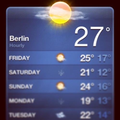 just stay like this thanks #berlin #beerlin #weather #holiday