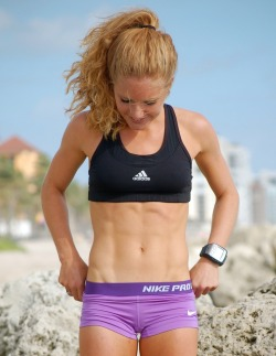 swimbikerun123:  I wish my abs looked like this.