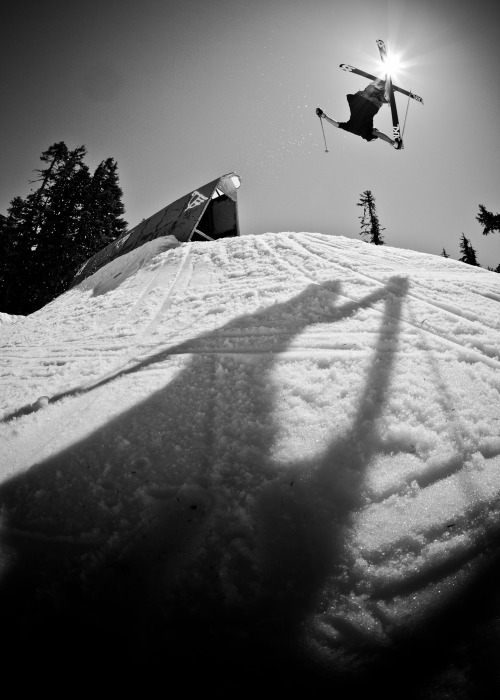 sagaouterwear:  Nick Geopper at The West Coast Session.