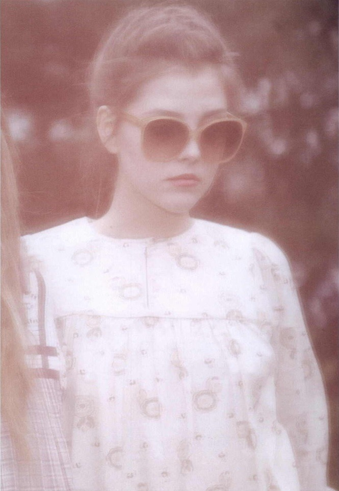 sfilate:  Je t'aime photographed by Carlotta Manaigo for Lula #8, S/S 2009