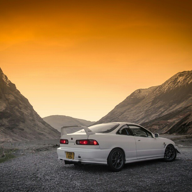 Ended up in Mordor #scotland #mountains #winter #sunset #honda #integra #dc2 #TypeR #jdm #sky