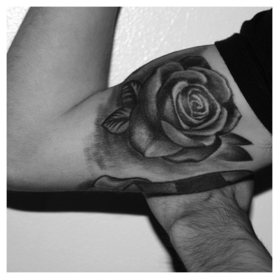 black and white realistic rose tattoo (upper arm inside) done at Pepe Felix Tattoo (Almada / Portugal) - Jan 2013