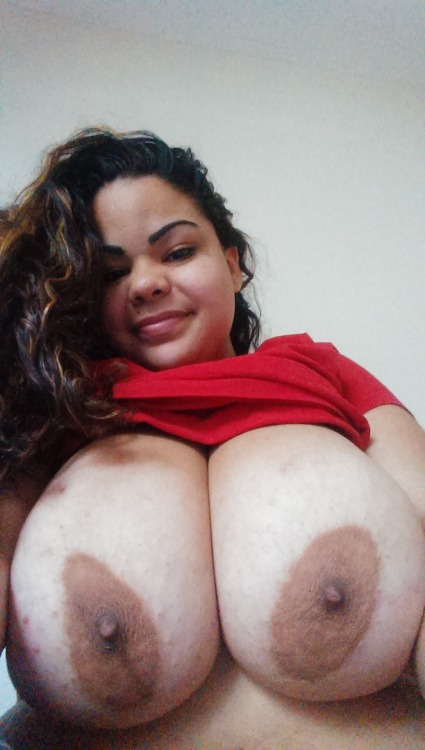 dr-titty:  submitted by nurse mami pic of the day!!