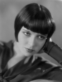 sweetheartsandcharacters:  Louise Brooks
