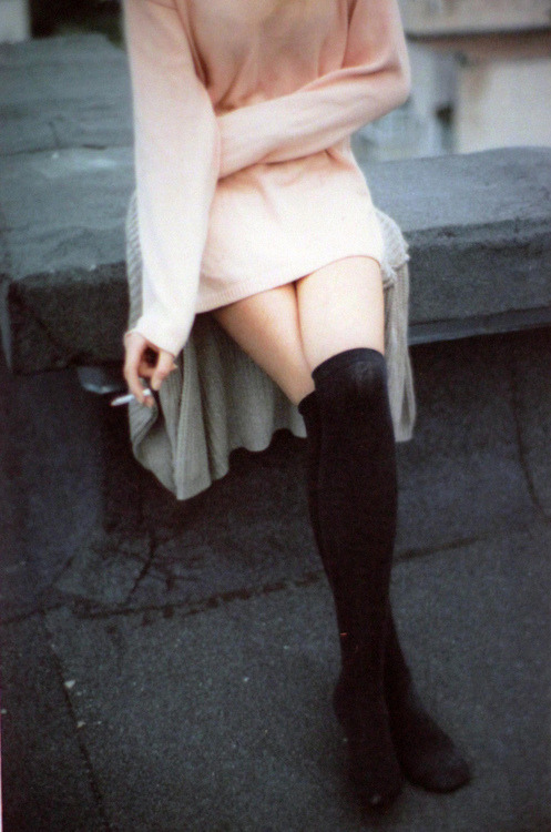 fogblogger:  Thigh highs are my favorite