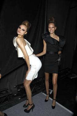Black and White models high fashion freja beha erichsen magdalena frackowiak black and white fashion