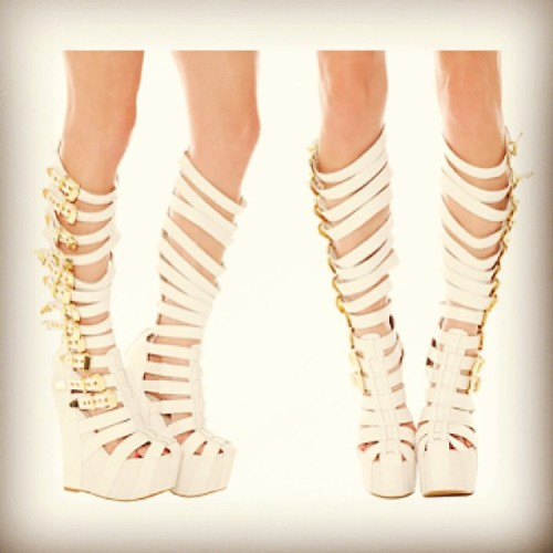 Swanky Shoe Pic of the Day: Jeffrey Campbell