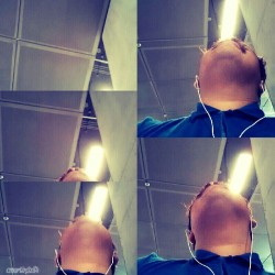 Lite Thru Me. #light #lights #blue #gap #thegap #blueshirt #white #earphones #neck #mustache #photo #photography #photograph #gs3 #picsart #crossprocess #effect #random #art #CMartin3z84