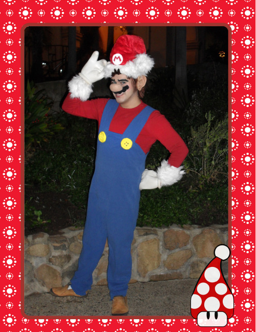 Super Mario Merry Christmas!!!!!!!!!! Character: Mario Cosplayers: Nintentoys BaRuch Make up by: Nintentoys ————————————————————————————————————— Like me on facebook https://www.facebook.com/pages/Nintentoys-ニンテントイズ/167935863274286?ref=ts&fref=t Visit my Official Website http://nintentoys.com/ Get my Tweets https://twitter.com/Nintentoys My Deviant Art gallery http://nintentoys.deviantart.com/ ************************************************