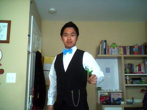thisaintasceneitsagoddamnfandom:  Bowties are cool. So is my Tumblr prom date, iwillincendiotheheartoutofyou.