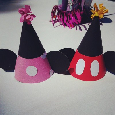 #mickey #minnie #partyhats