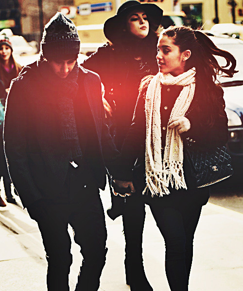 janowhatimskipswifey:  Jariana | via Tumblr on @weheartit.com - http://whrt.it/13Hp1od