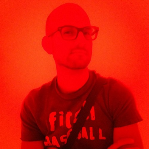 #red #portrait #eduardorojano #myself #selfie #rojo #bald #pelon #hipster mexico