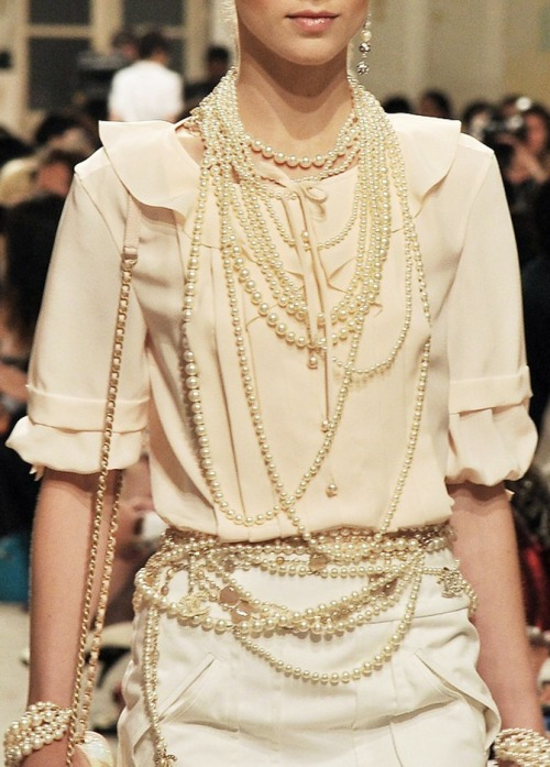 Chanel cruise 2014, photographed by Stéphane Feugère