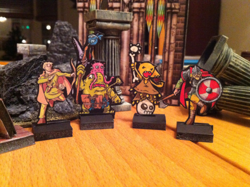 okumarts:  Some paper minis from a recent dungeon crawl. Some by me. Some by the Paper Warrior.  I want to game with David one of these years!