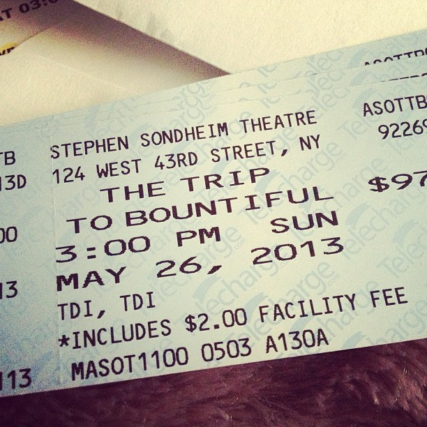 We're taking a #TripToBountiful on Broadway! @aosomethingelse + Tiff #BrunchAndBroadway