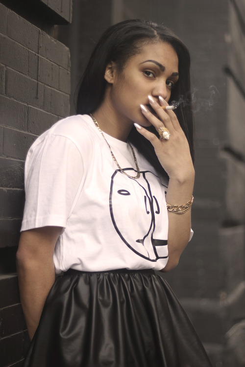 aagdolla:  Ashley wearing 3 Faces tee shop here!