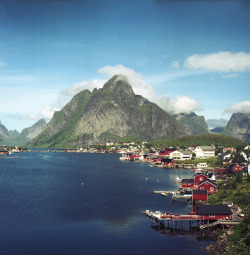 villesdeurope:  Reine, Norway