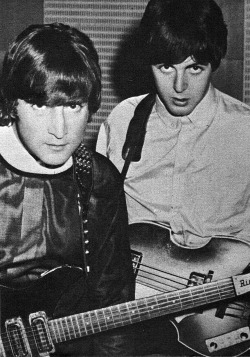 musicboys:  John Lennon et Paul McCartney, 1966.