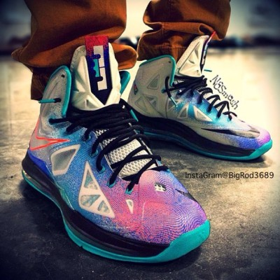 "Lebron X ""Platinum"" 🙌🙌🙌 Best BELIEVE I am on the hunt for the Snap and the Shirt for them hoes! #lebron #lebronx #shoes #kicks #kickz #clean #swag #fashion #nba #basketball #fresh #dope"