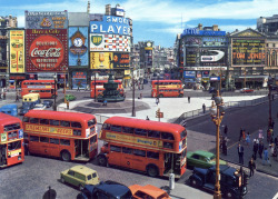 20th-century-man:  Picadilly Circus, 1963.  around the time I first saw Picadilly