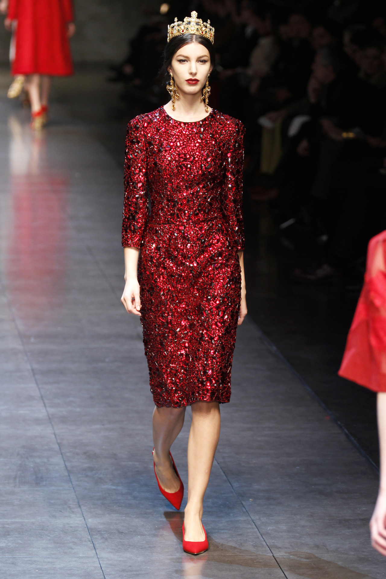 flarefashion:  Dolce & Gabbana - Fall 2013 / Photographer: Anthea Simms See the season's headlining trends at Milan Fashion Week now.