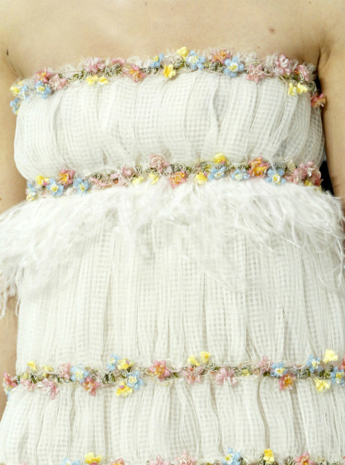 notordinaryfashion:  Chanel Haute Couture - Detail