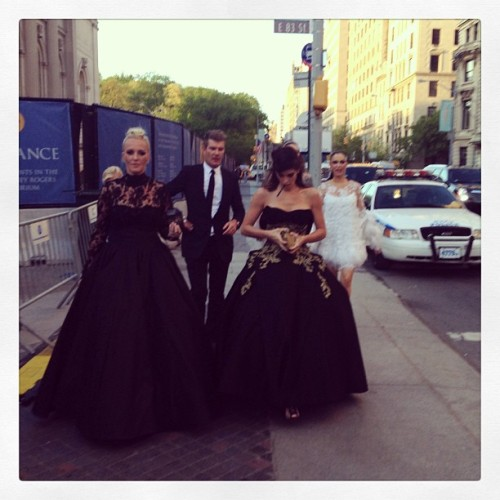 Marchesa, Bitch | via Facebook on We Heart It - http://weheartit.com/entry/60923452/via/helenarforster   Hearted from: https://www.facebook.com/