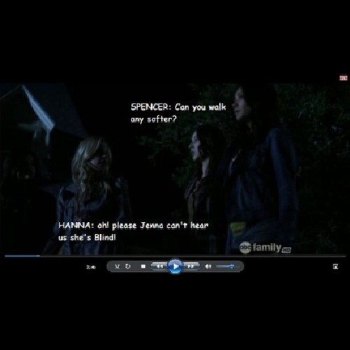 This made my night.. ♥ hahaha! #prettylittleliars #throwback @sleepinthegardn @shaym @itsashbenzo @lucyhale89 @imarleneking @norbuck