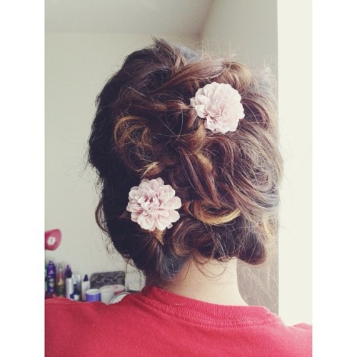 🙆 #DIY #hair #updo