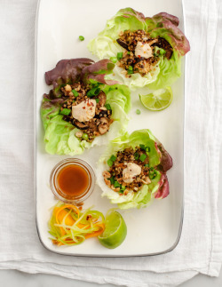 veganrecipecollection:  (via mushroom & quinoa lettuce wraps | Love and Lemons)