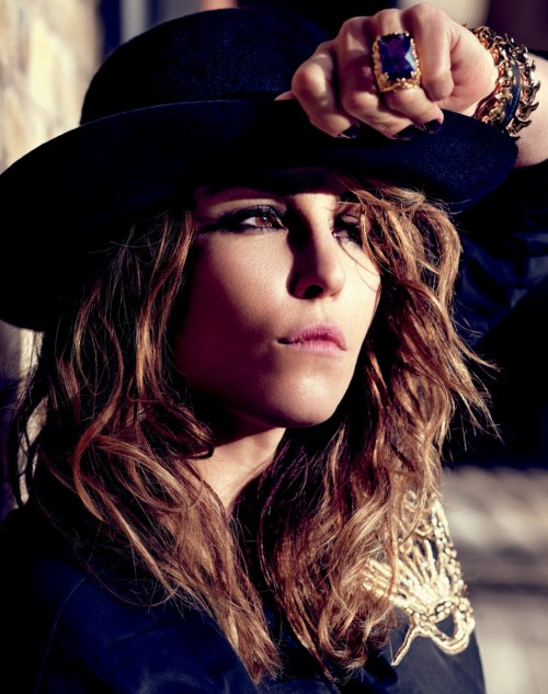 beautiful noomi rapace