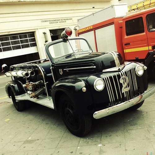 Firefight Old School  #firefight #old #school #firefights #trucks #vintage #fire #hipstatrucks #instatrucks #2 #style #chile #valparaiso