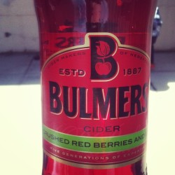 Sunshine and celebrations :)  #EndOfUni #BBQ #Bulmers #Sunshine