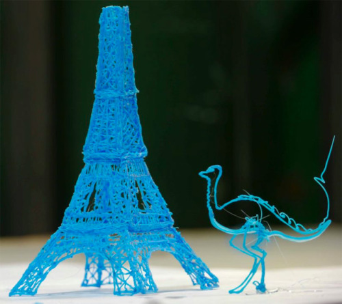 marauderthoughts:  3Doodler The world's first 3D printing pen allows you to draw 3D images in real time. Imagine this - you're holding a pen and waving it through the air while the line that your pen creates stays suspended in 3D space. How it does it's magic is simple. It utilizes a special plastic which is heated and instantly cooled to form solid structures as you draw. This makes 3D drawing look so easy!