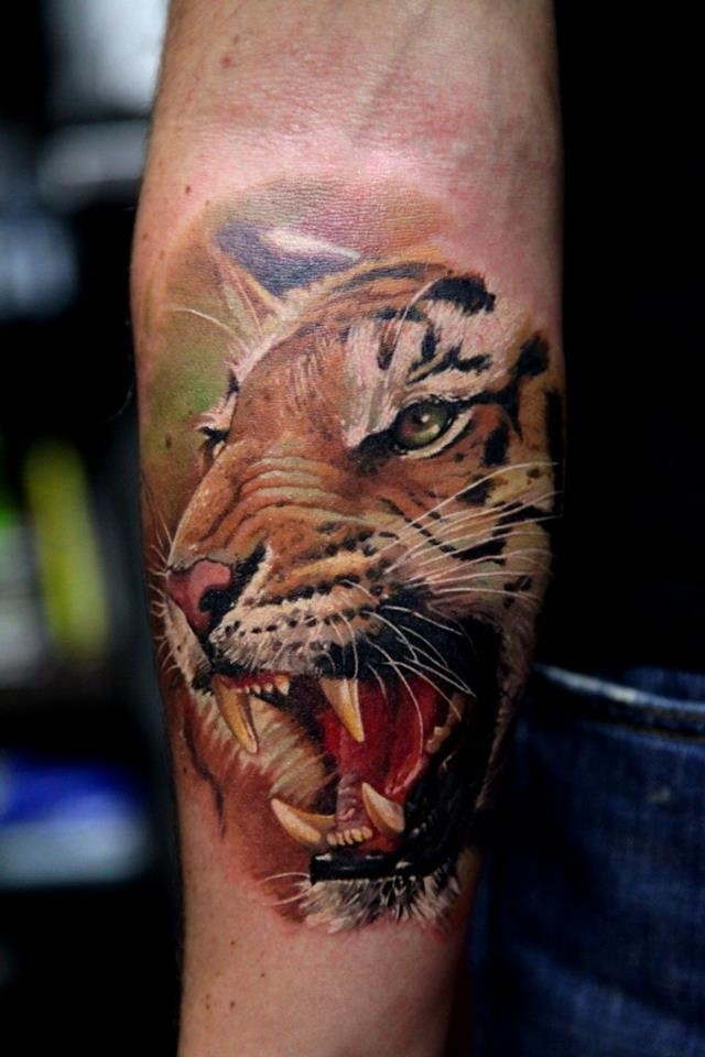 realistic animal tattoo