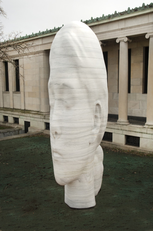 "DECADE Theme Preview: ""Sculpture in the Expanded Field""Work 5: Jaume Plensa's Laura, 2012 The newest addition to the Albright-Knox's outdoor campus is Jaume Plensa's Laura. This large-scale work depicts the head of a young girl with a contemplative expression. As if in tribute to the classical architecture of the museum's 1905 Albright Building, Laura was constructed by interweaving white marble and then connected directly to the building's portico, making the sculpture appear to be an extension of the architecture.  View Photos of the Installation of Jaume Plensa's Laura Image © 2012 Jaume Plensa"