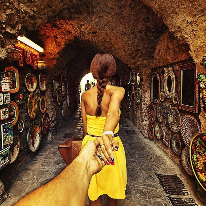 kindof-interesting:  Photographer's girlfriend leads him around the world