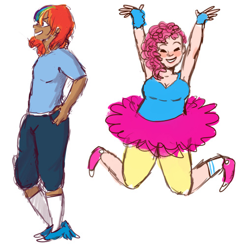 breenee:  askhumanrarijack's pinkie pie and rainbow dash a doodle before i go to bed. The update's coming, I promise :)