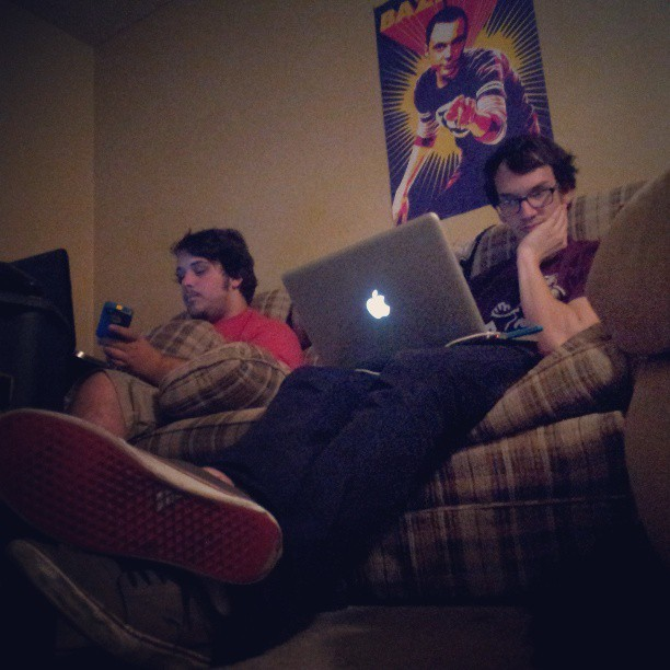 My roommates are QT piez. @tyler_the_destroyerr @beariordan13 #homework #mattandkim #lovethem