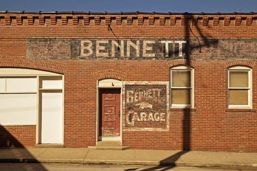 BENNETT GARAGE on Flickr.BENNETT GARAGE ~ Excelsior Springs, Missouri ~ Copyright ©2013 Bob Travaglione - All Rights Reserved ~ www.FoToEdge.com