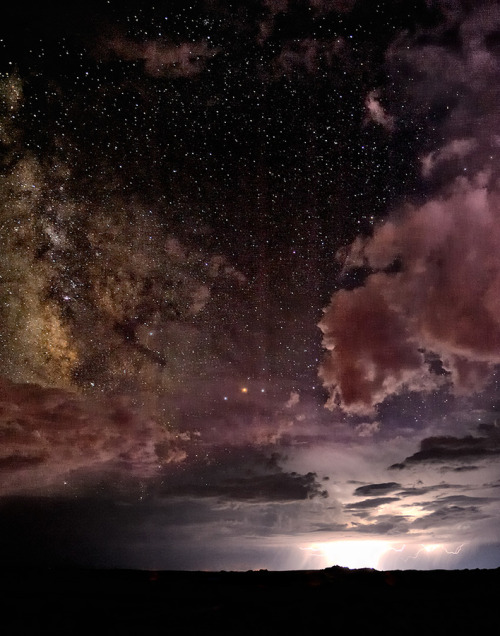 lightupthemind:  Heavens Above, Lightning Below by Christopher Eaton