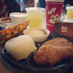 Chickenjoy and aloha burger #jolliebee #nyc #food #filipino #excited