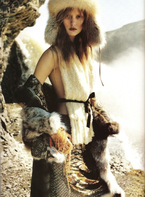 ataraxie-:  by Ruven Afanador for Elle 2000