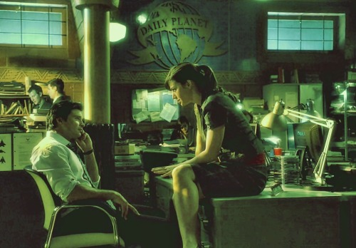 evebarros:  Clark & Lois » Daily Planet »  Smallville