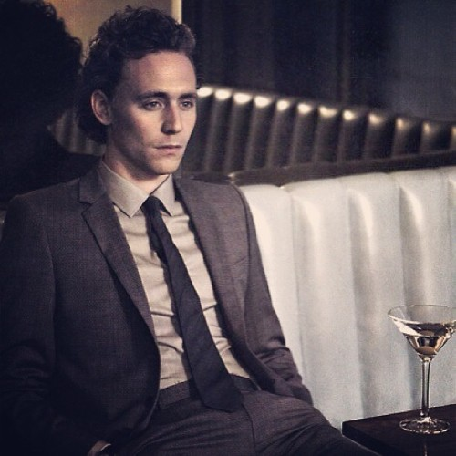 capndesdes:  #mancrushmonday = Tom hiddleston. I've got the severe hiddles. I love this man. Lets date. #wut
