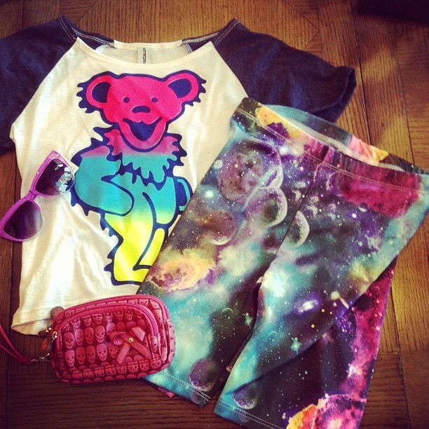 New girls (7-14) tees from Firehouse and #galaxy #cosmic biker short leggings from Cheryl kids!!! Hurry before they sell out, we have limited quantities!! #lindasg2g #gratefuldead #bear #tiedye #summer #fashion #style  (at Linda's G2G)
