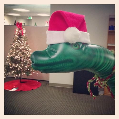 Ever our #discountdance mascot #bronto is in the #holiday #spirit #wedance